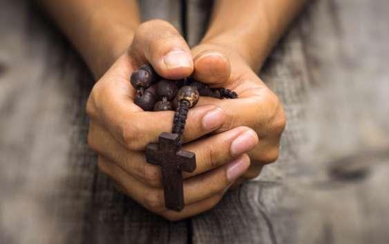 Як позбутись розсіяності під час молитви?