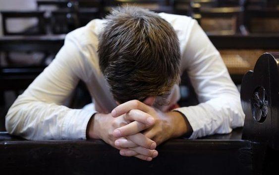 Молитви, які треба промовляти перед і після Сповіді та після Причастя